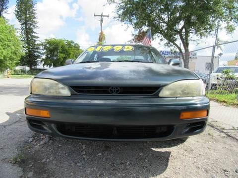 1996 Toyota Camry for sale in Miami, FL