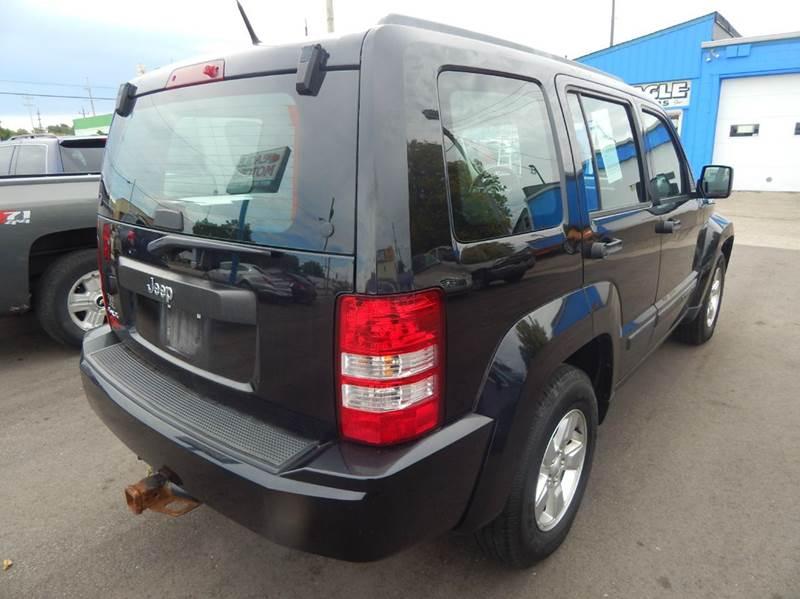 2011 jeep liberty sport jet 4x4 4dr suv in hamilton oh for Eagle motors hamilton ohio