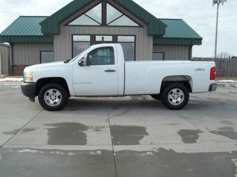 2009 chevrolet silverado 1500 work truck 4x4 2dr regular cab 8 ft lb in kearney ne lanny. Black Bedroom Furniture Sets. Home Design Ideas