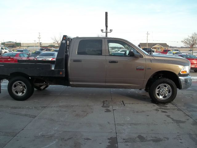 2010 dodge ram pickup 2500 st 4x4 4dr crew cab 6 3 ft sb for Lanny carlson motor inc kearney ne