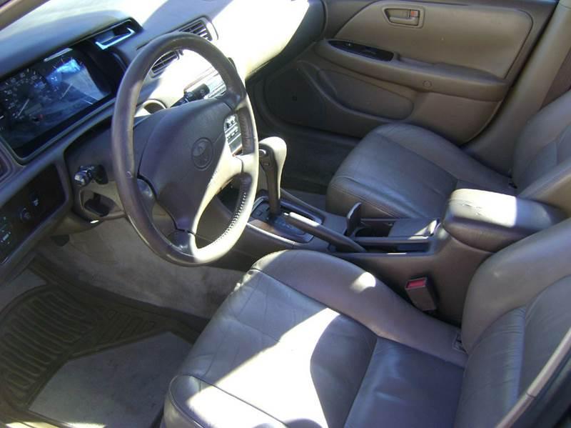 2000 Toyota Camry XLE V6 4dr Sedan - Denver CO