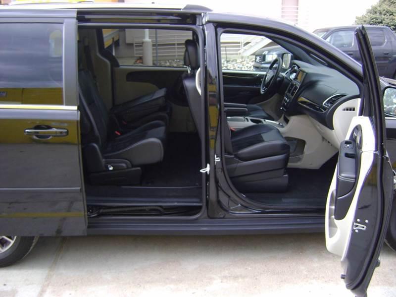 2017 Dodge Grand Caravan SXT 4dr Mini-Van - Denver CO
