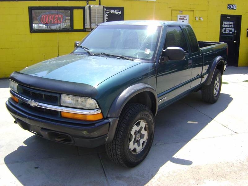 1998 Chevrolet S-10 2dr LS 4WD Extended Cab SB - Denver CO