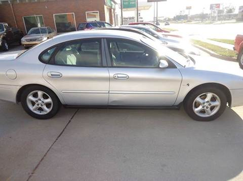 2000 Ford Taurus for sale in Hastings, NE