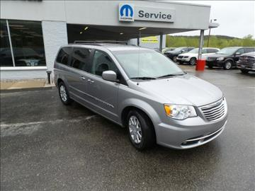 2015 Chrysler Town and Country for sale in Iron Mountain, MI
