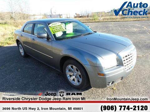 2007 Chrysler 300 for sale in Iron Mountain MI