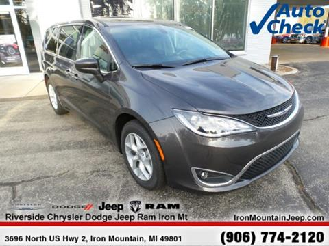2018 Chrysler Pacifica for sale in Iron Mountain, MI