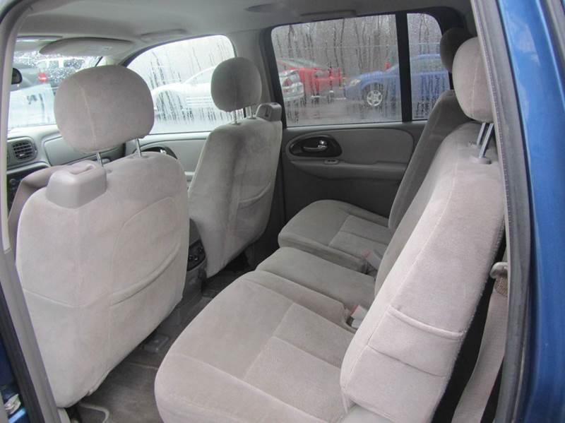 2005 Chevrolet TrailBlazer EXT LS 4WD 4dr SUV - South Beloit IL