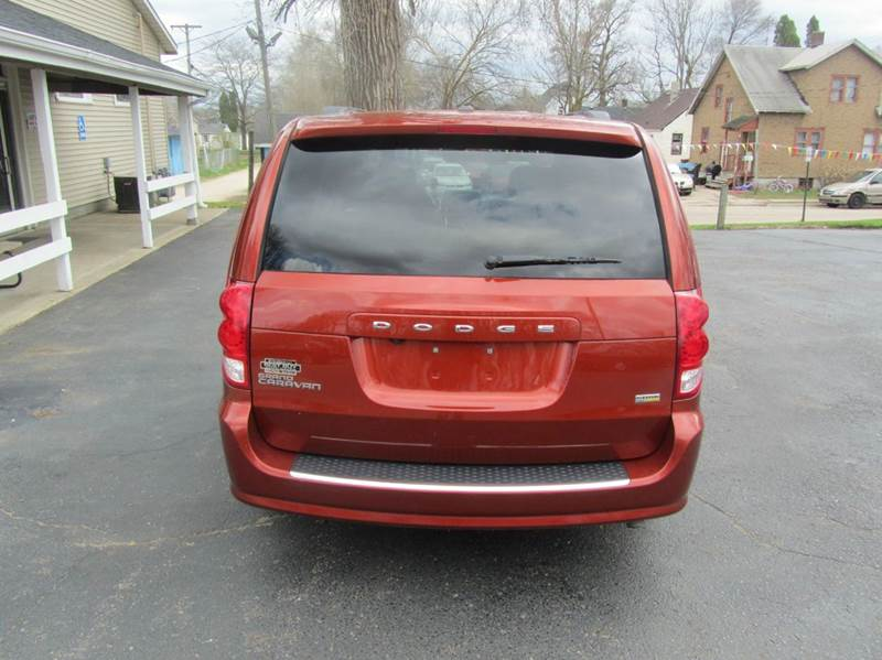 2012 Dodge Grand Caravan SXT 4dr Mini-Van - South Beloit IL