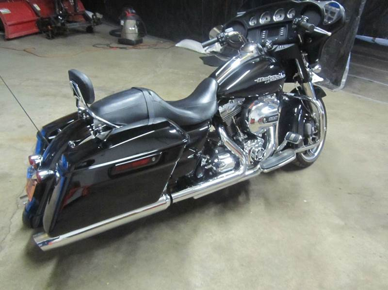 2015 Harley-Davidson Street Glide  - South Beloit IL