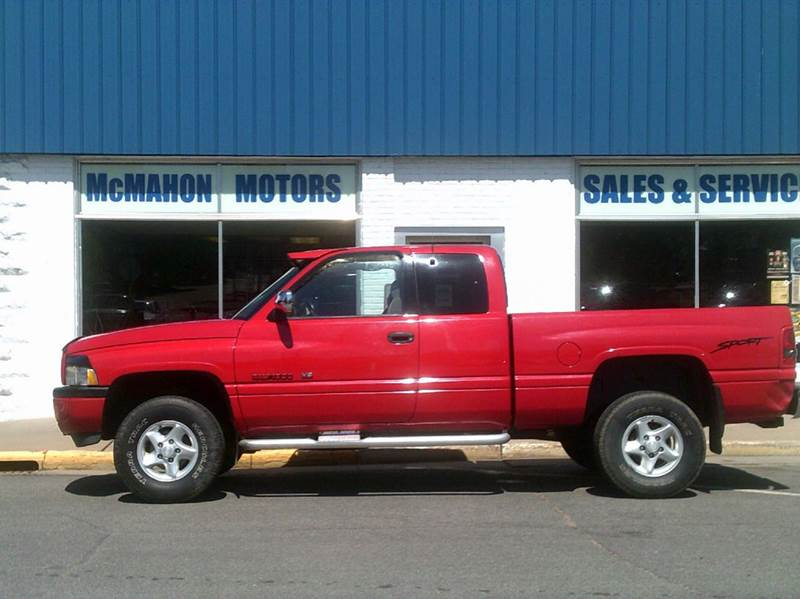 1997 Dodge Ram Pickup 1500 2dr ST 4WD Extended Cab SB - Durand WI