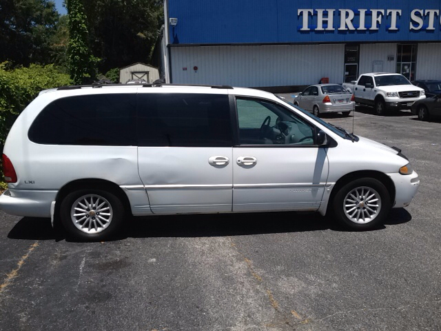 2000 Chrysler Town And Country Lxi 4dr Passenger Van