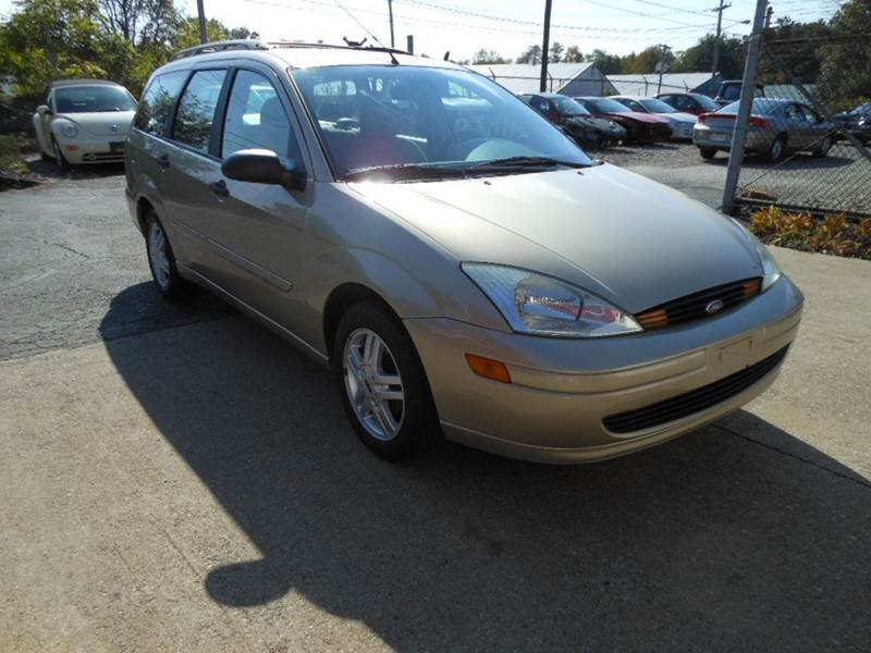 2001 Ford Focus SE 4dr Wagon - Wadsworth OH