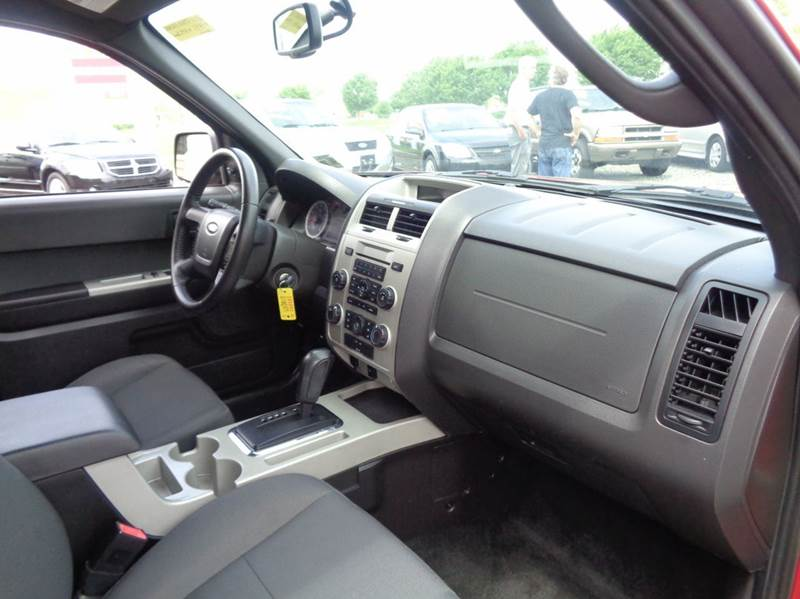 2011 Ford Escape AWD XLT 4dr SUV - Westampton NJ