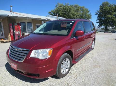 2010 Chrysler Town and Country for sale in Greenfield, IA