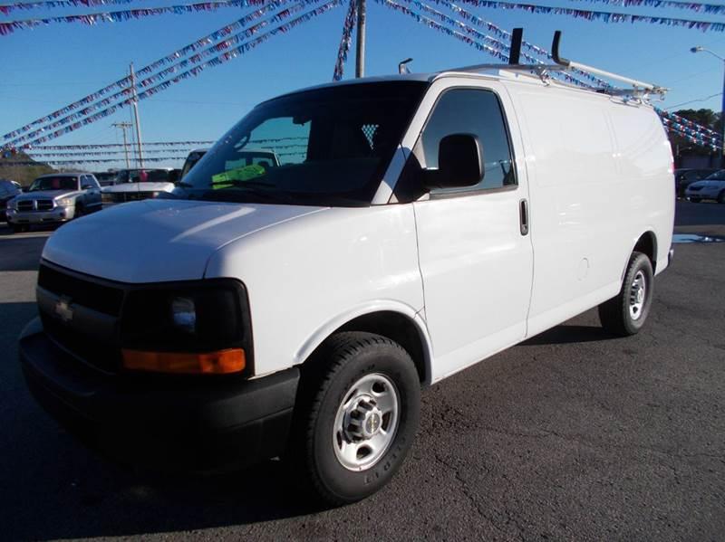2011 Chevrolet Express Cargo 2500 3dr Cargo Van w/ 1WT - Cullman AL