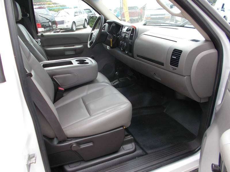 2008 Chevrolet Silverado 1500 4WD Work Truck 2dr Regular Cab 8 ft. LB - Cullman AL