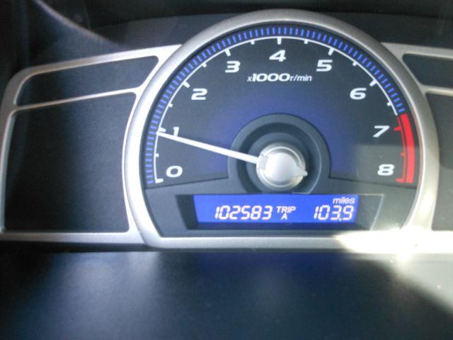 2009 Honda Civic DX-VP 4dr Sedan - Middletown NY