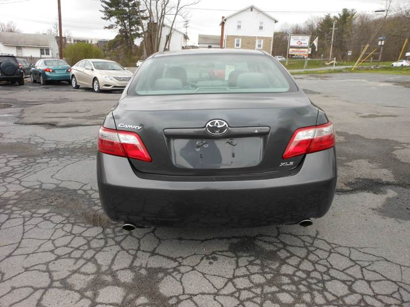 2007 Toyota Camry XLE V6 4dr Sedan - Middletown NY
