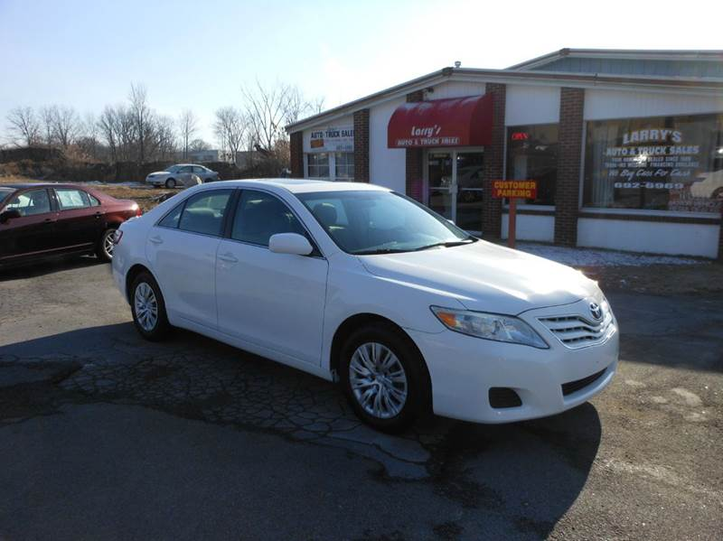 2010 Toyota Camry LE 4dr Sedan 6A - Middletown NY