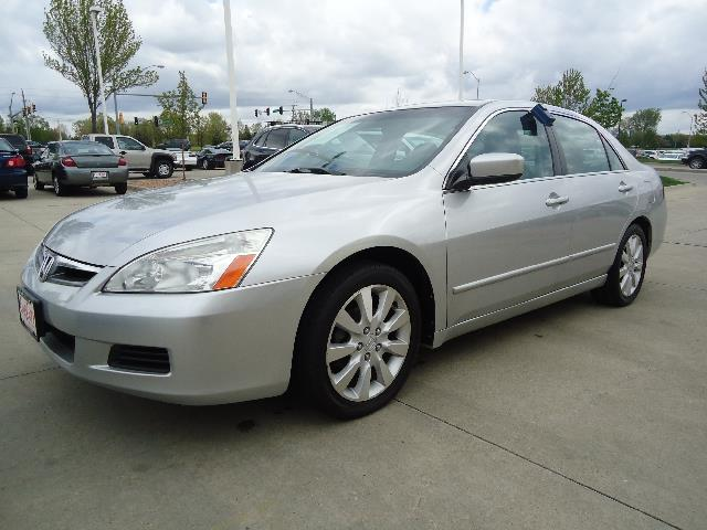2006 Honda Accord for sale in CLIVE IA