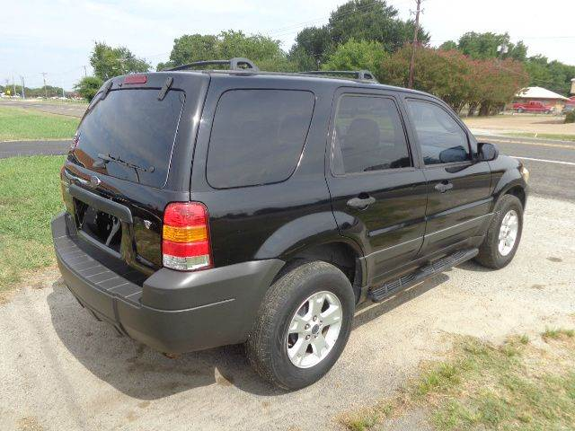 2005 Ford Escape XLT 4dr SUV - Mabank TX