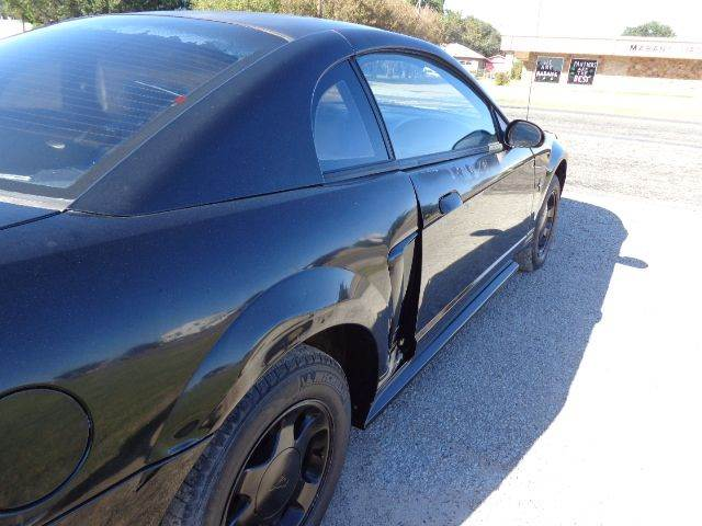 2000 Ford Mustang 2dr Coupe - Mabank TX