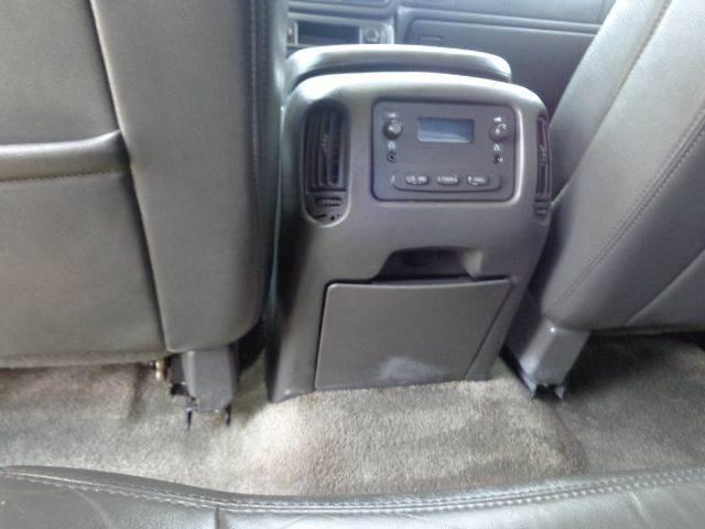 2003 Chevrolet Avalanche 4dr 1500 4WD Crew Cab SB - Kaufman TX