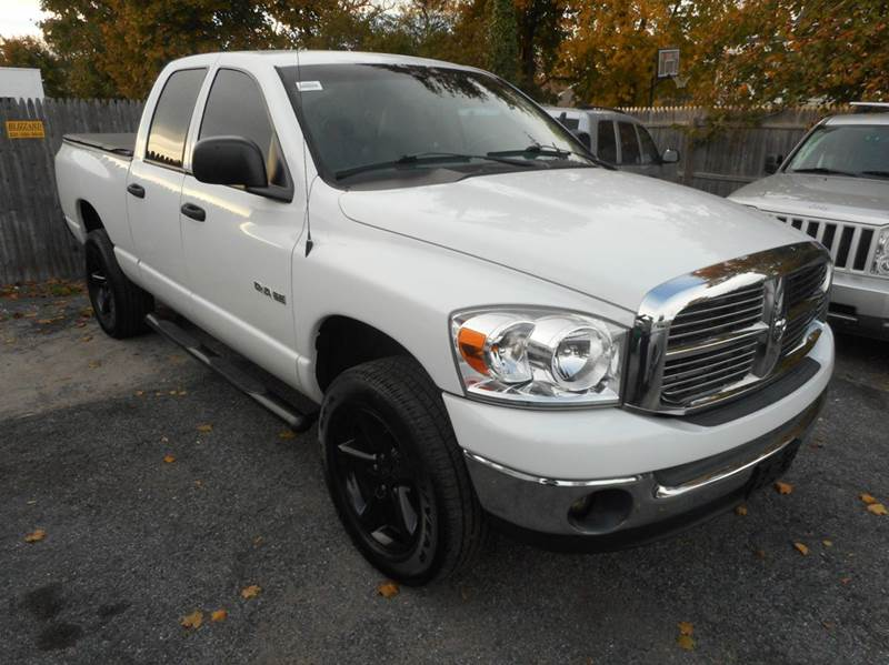 2008 dodge ram pickup 1500 slt 4dr quad cab 4wd sb in amityville ny amitybay auto sales ltd. Black Bedroom Furniture Sets. Home Design Ideas