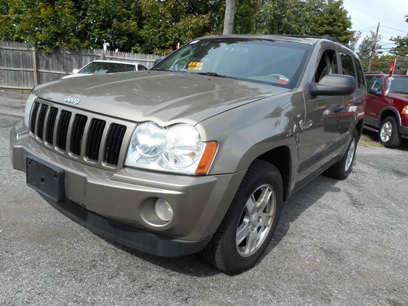 2005 jeep grand cherokee 4dr laredo 4wd suv in amityville ny amitybay auto sales ltd. Black Bedroom Furniture Sets. Home Design Ideas