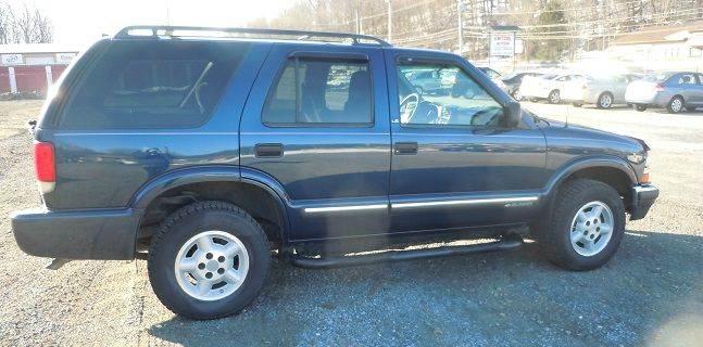 2001 Chevrolet Blazer LS 4WD 4dr SUV - Pine Grove PA