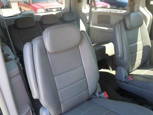 2008 Dodge Grand Caravan SXT Extended Mini-Van 4dr - Pine Grove PA