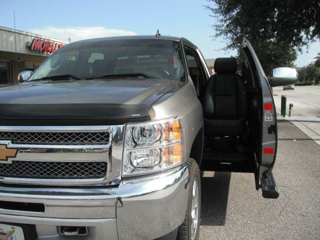 Wheelchair vans lakeland used vans for sale lakeland fl for Wheelchair accessible homes for sale in florida