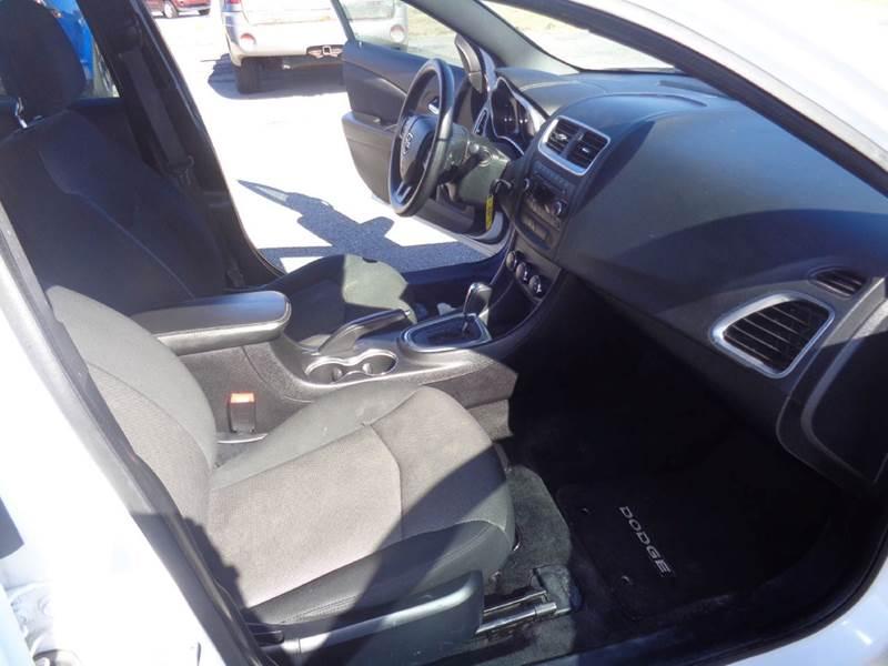 2013 Dodge Avenger SE V6 4dr Sedan - Clay NY