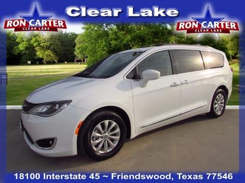 2017 Chrysler Pacifica for sale in Houston, TX