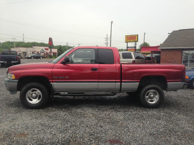 1998 dodge ram pickup 1500 quad cab 6 5 ft bed 4wd for. Black Bedroom Furniture Sets. Home Design Ideas