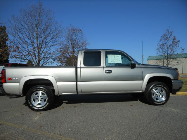 2007 chevrolet silverado 1500 classic ls 4dr extended cab 4wd 6 5 ft sb for sale in. Black Bedroom Furniture Sets. Home Design Ideas