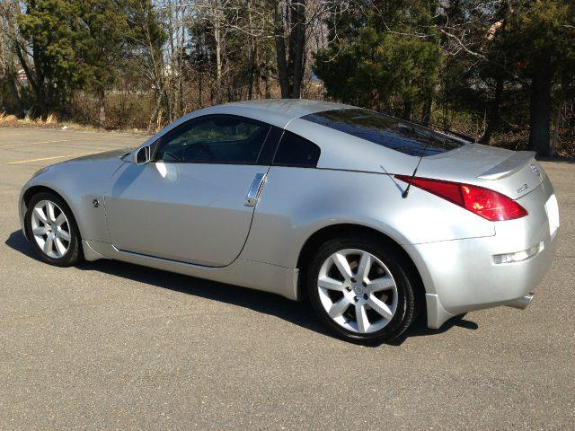2004 nissan 350z performance coupe for sale in. Black Bedroom Furniture Sets. Home Design Ideas