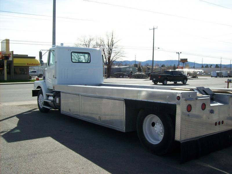 1995 Volvo Equipment Hauler  - Spokane Valley WA