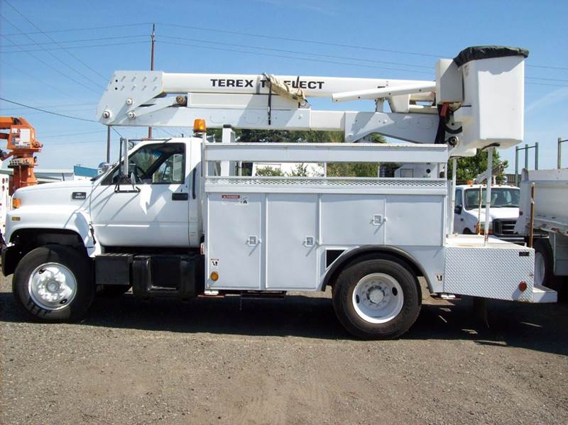 2001 Chevrolet 6500 KODIAK DOUBLE BUCKET - Spokane Valley WA