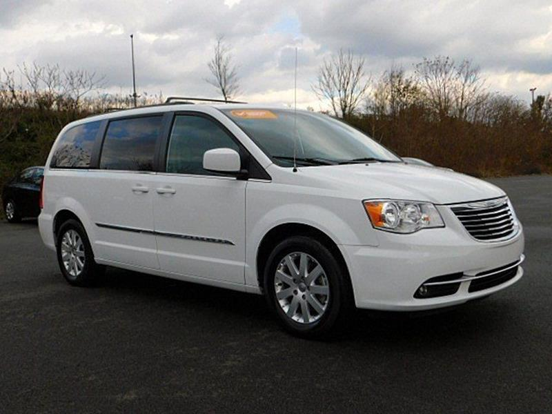 2015 chrysler town and country for sale. Black Bedroom Furniture Sets. Home Design Ideas