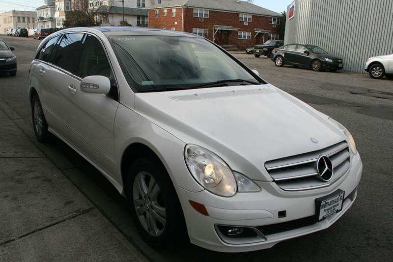 Used mercedes benz for sale in new jersey for Mercedes benz c300 for sale nj
