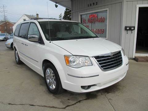 2008 Chrysler Town and Country for sale in Hilliard, OH