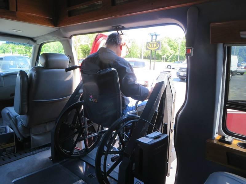 1998 Chevrolet Express Passenger 3dr G1500 LS Passenger Van - Racine WI