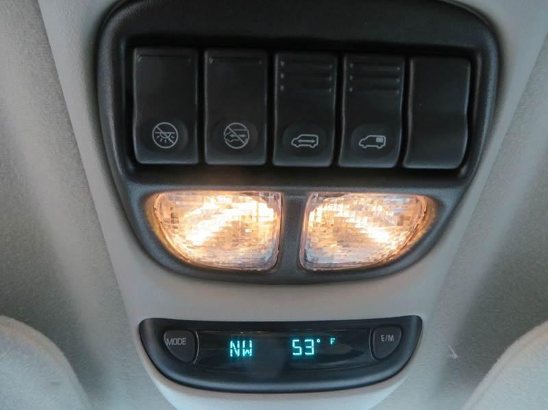 2005 Chevrolet Venture LS 4dr Extended Mini-Van - Racine WI