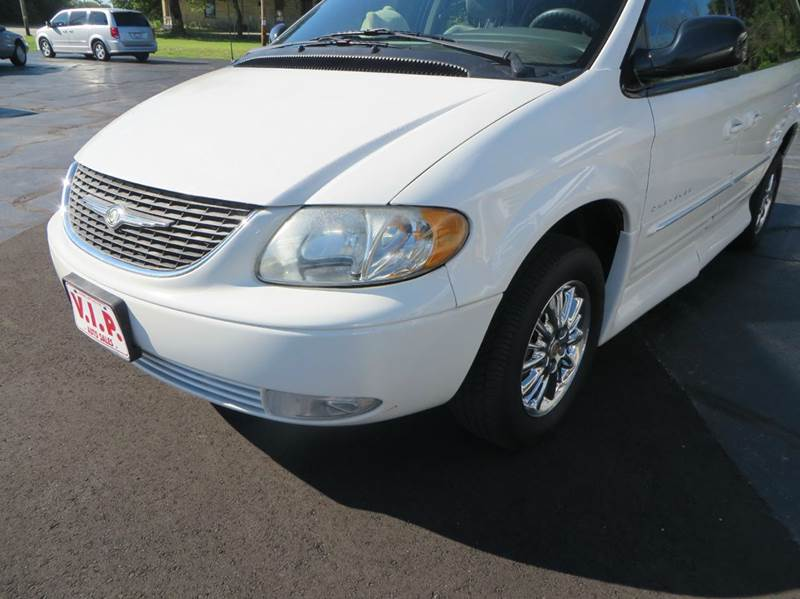 2001 Chrysler Town and Country Limited 4dr Extended Mini-Van - Racine WI