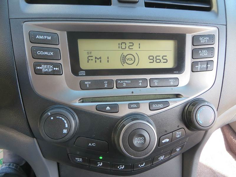 2006 Honda Accord LX 4dr Sedan 5A - Racine WI