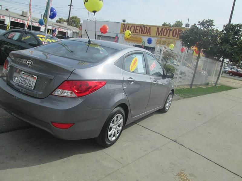 Vehicle Options & 2014 Hyundai Accent GLS 4dr Sedan In FRESNO CA - HACIENDA MOTORS pezcame.com