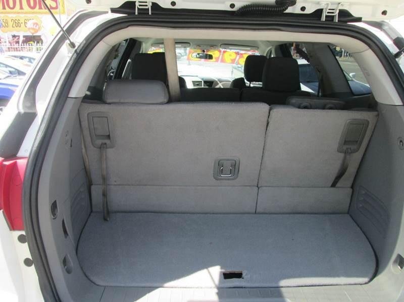 2011 Chevrolet Traverse AWD LT 4dr SUV w/1LT - Fresno CA
