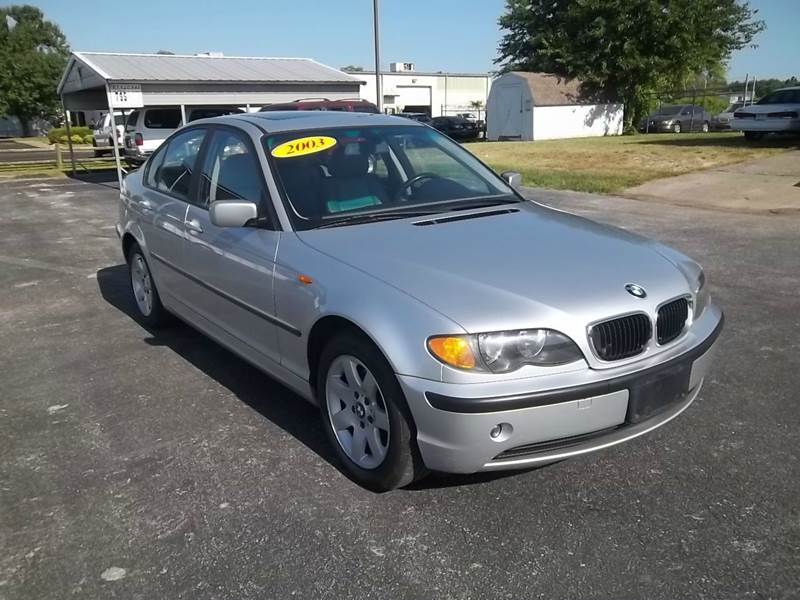 2003 BMW 3 Series 325xi AWD 4dr Sedan - Rogers AR